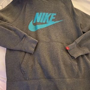 Nike hoodie excellent condition thick size Small